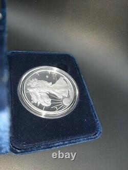 End of World War II 75th Anniversary American Eagle Silver Proof Coin Fast Ship
